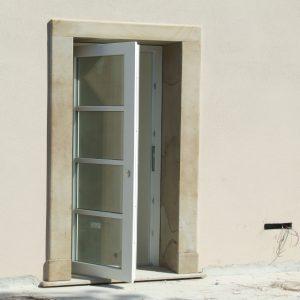 quarzirenite stone frame