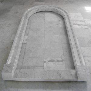 portale marmo bianco carrara