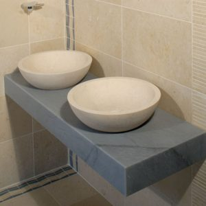 crema stone bathroom