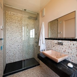 bathroom made in Nero Marquinia and Pink  Portugal marble