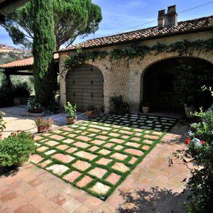pavimento piastrelle pietra di bari