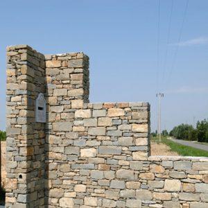 langa stone wall