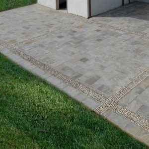 pavimento piastrelle pietra indiana kandla grey