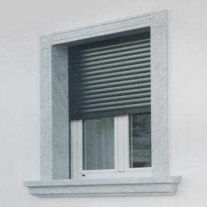 cornice finestra marmo bianco carrara