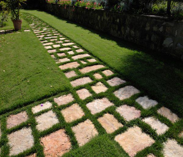 pavimento piastrelle pietra di bari trani