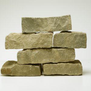 blocchetti tranciati pietra di langa rivestimento