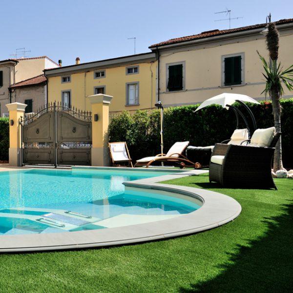 carniglia stone poolside